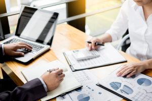 The Benefits of Hiring a Bookkeeper for Your Small Business